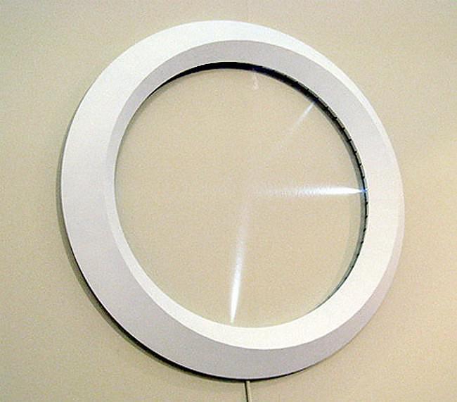 Minimal LED Clock by MILE.