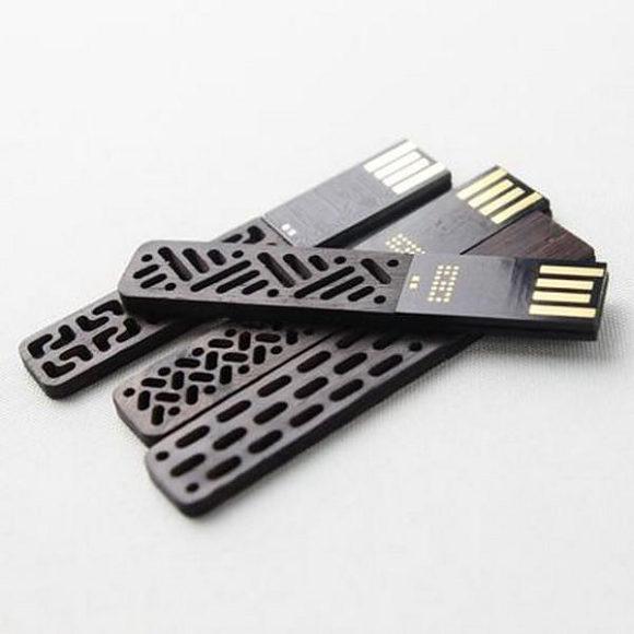 Παραδοσιακά Κινέζικα Στικάκια USB από την Then Creative.