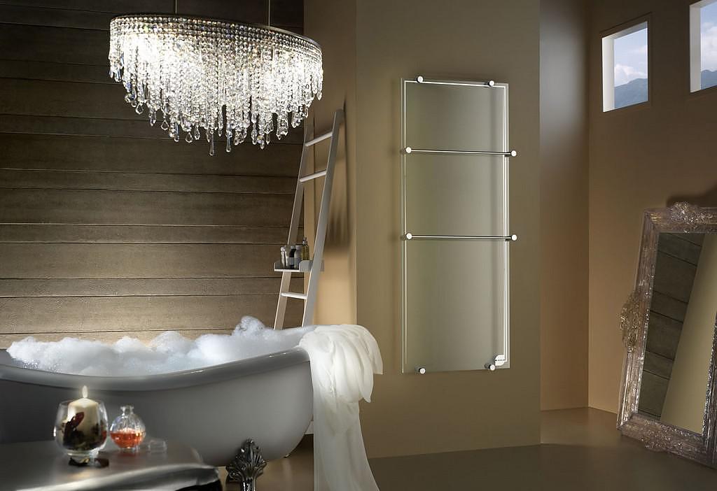 Transparent Glass Radiator Thermoglance® by Asola Vetro.