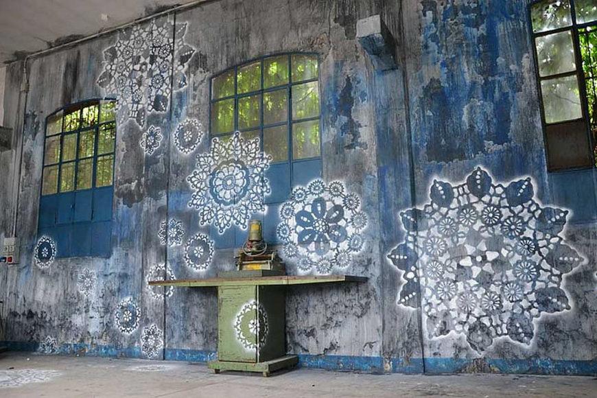 Street Art & Τέχνη με Δαντέλα της NeSpoon.