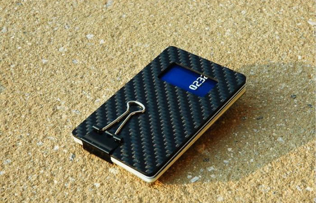 Leverage Credit Card Sized Carbon Fiber Bottle Opener (4)