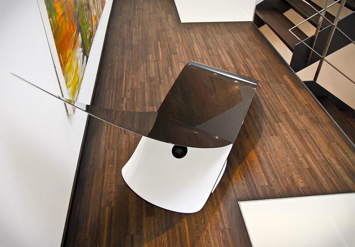 Marea Carbon Fiber Lounge Chair by Jules Sturgess.