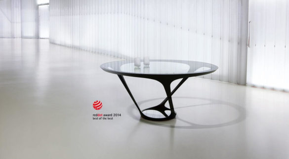 ORA-ITO Dining Table by Roche Bobois