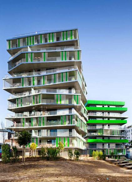 Μοντέρνες πολυκατοικίες στο Παρίσι από τους Hamonic+Masson Architects.