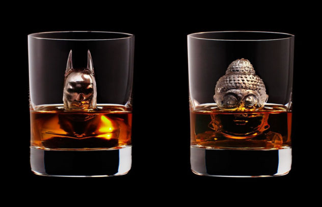 3D on the Rocks Ice Cubes by Suntory Whisky