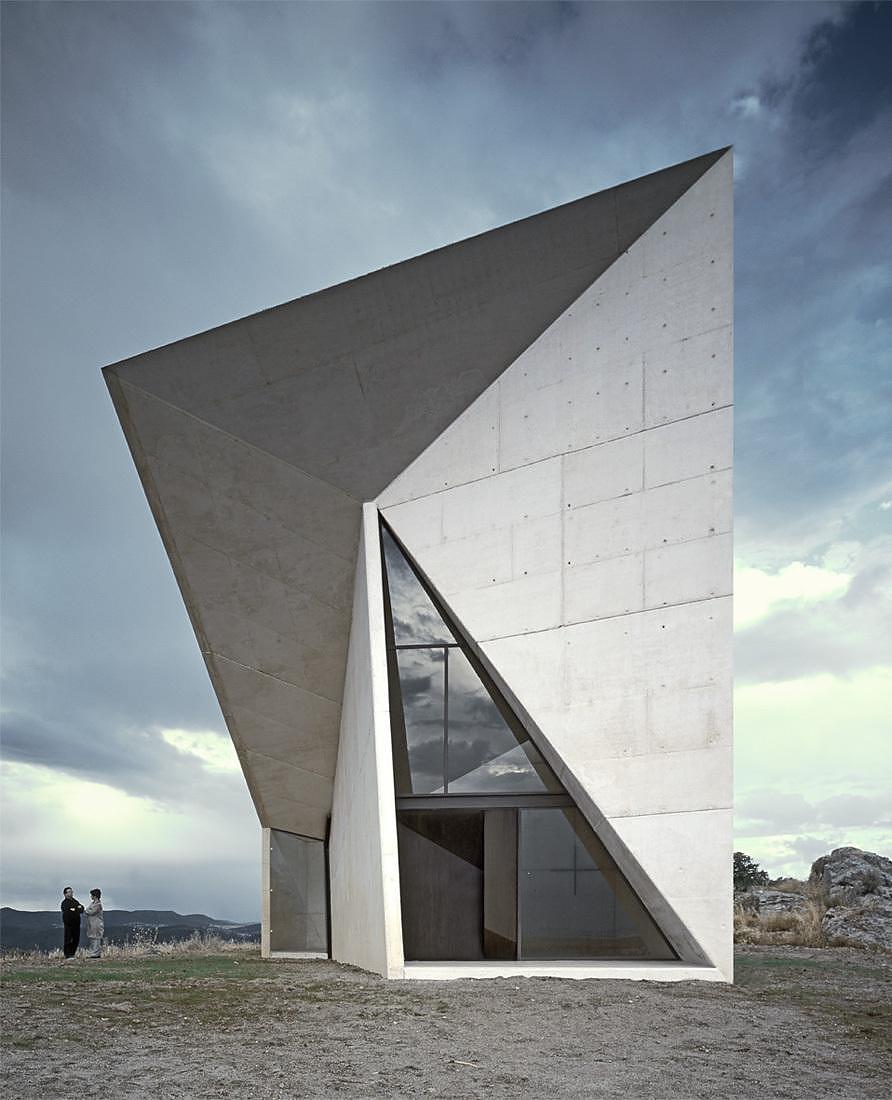 Chapel-in-Valleaceron-by-SMAO (5)