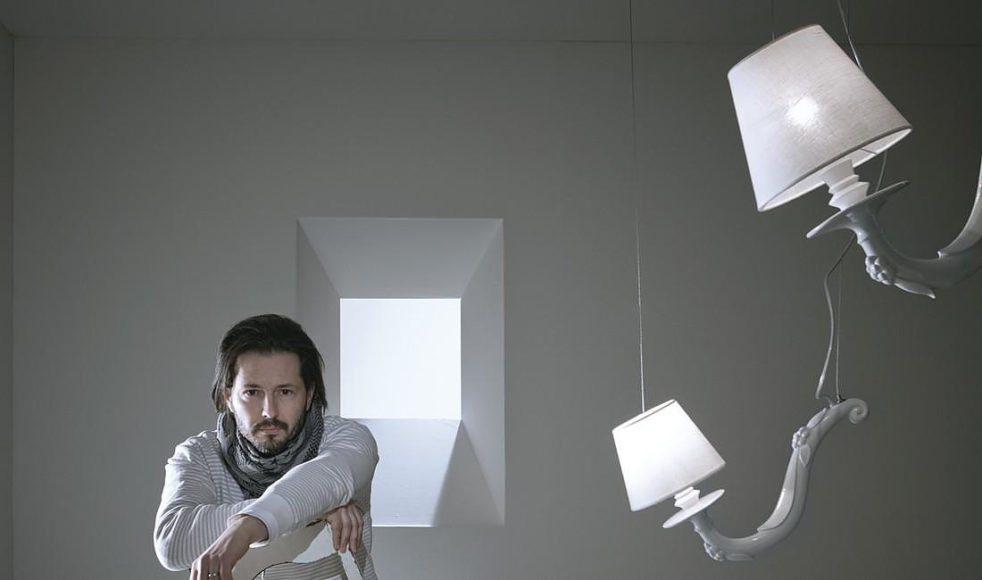 Πολυέλαιος Deja Vu του Matteo Ugolini.