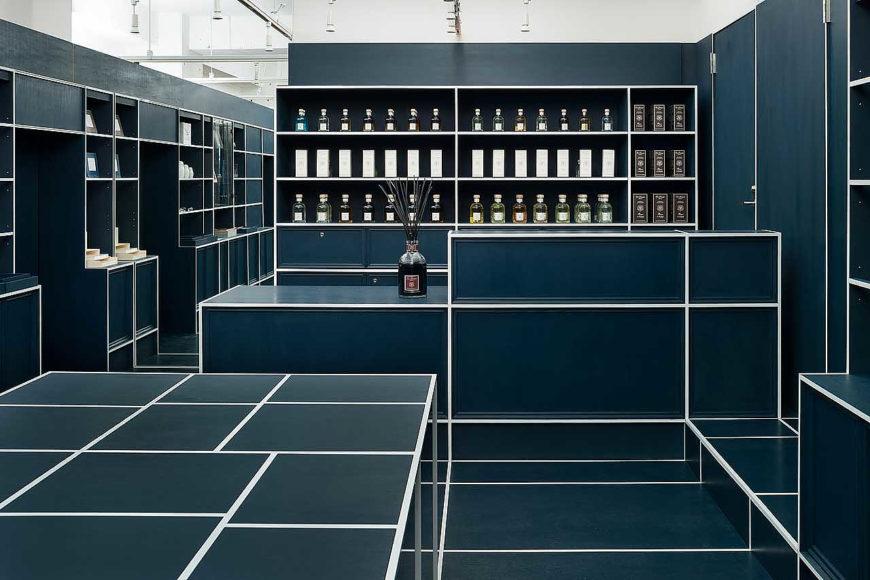 Γεωμετρικό κατάστημα δώρων από τους JP Architects.