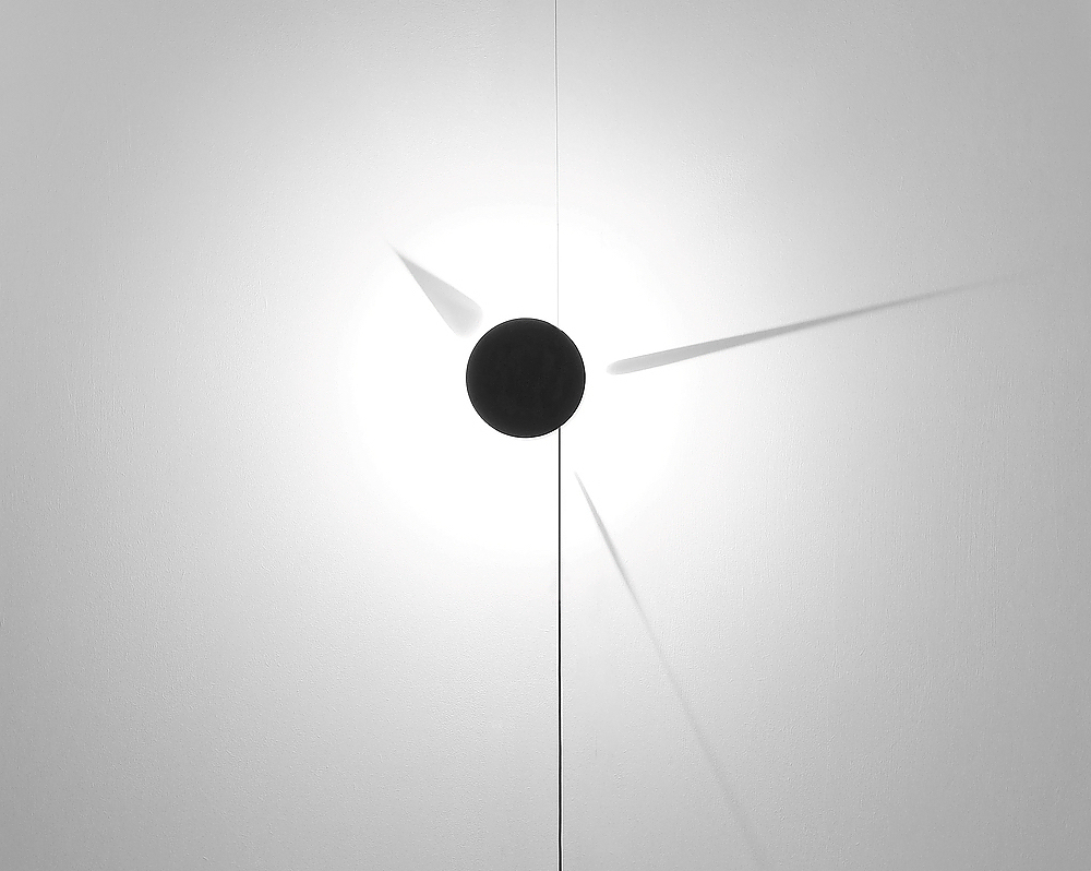 Shadow Clock by Poetic Lab.