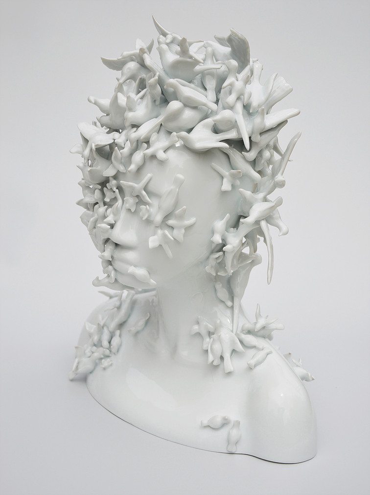 Contemporary Porcelain Artworks by Juliette Clovis.