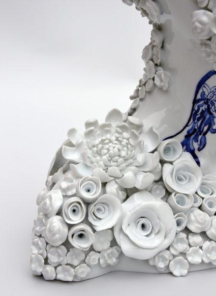 Τα σουρεαλιστικά κεραμικά γλυπτά της Juliette Clovis.