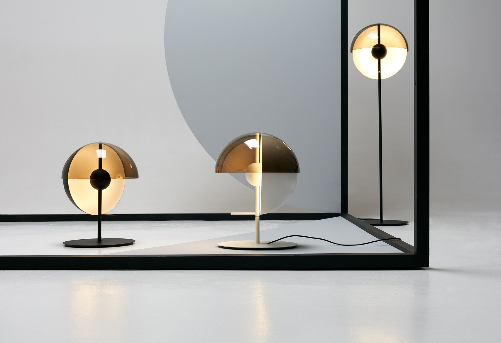 theia lamp by mathias hahn for marset design is this. Black Bedroom Furniture Sets. Home Design Ideas
