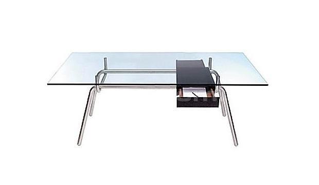 Γραφείο και τραπέζι Fergus του Matt Sindall.