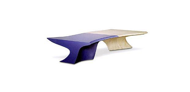 Τραπέζια Stalactite και Stalagmite από την Zaha Hadid.