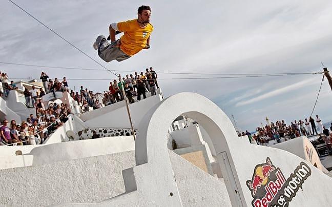Red Bull Art of Motion 2012, διαγωνισμός Parkour στην Σαντορίνη.