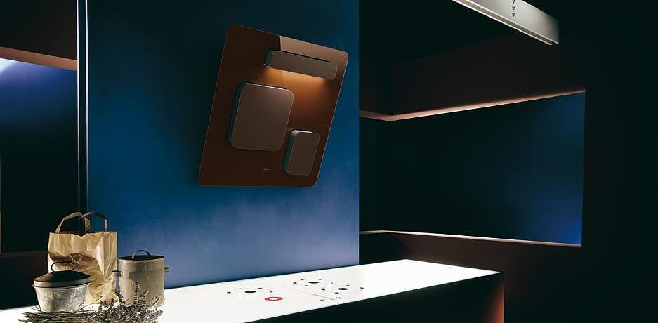 Elica Feel cooker hood by Fabrizio Crisà.