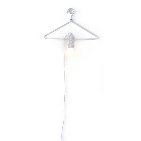 Φωτιστικό Clothes Hanger Lamp από την droog.