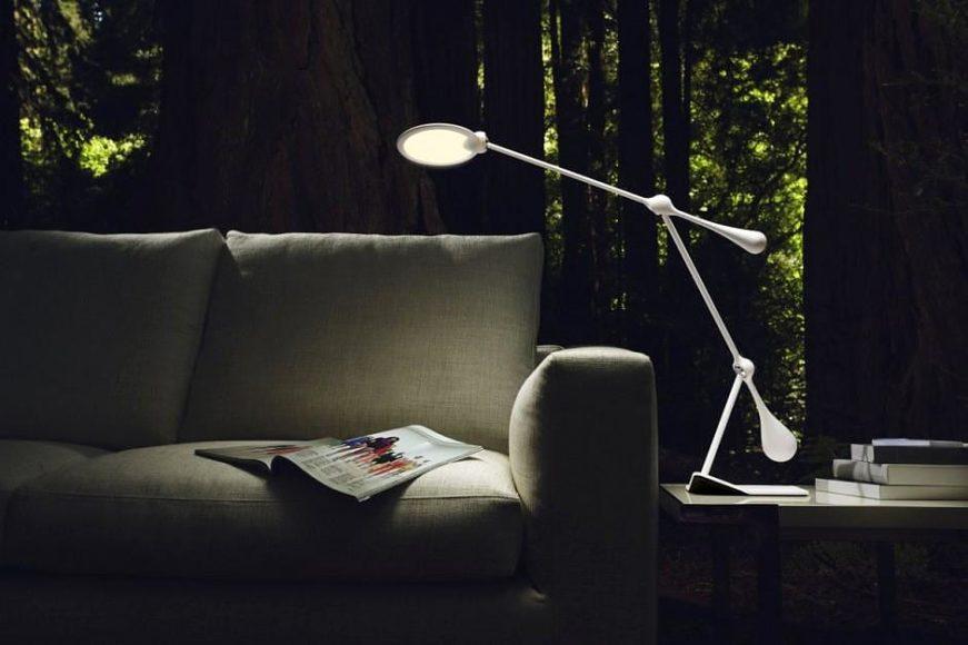 LED φωτιστικό γραφείου Trapeze από τον Peter Stathis και την JOBY.