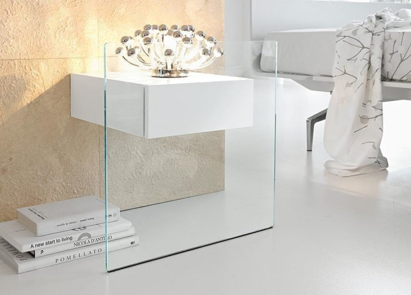 Tonelli Do-Mo Glass Side Table by Maurizio Castelvetro.