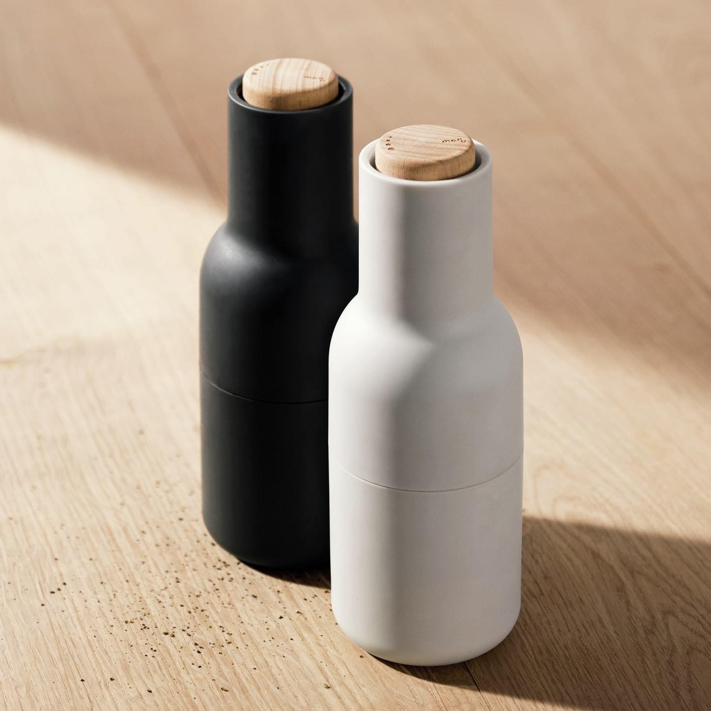 bottle grinder salt pepper set ash carbon design is this. Black Bedroom Furniture Sets. Home Design Ideas