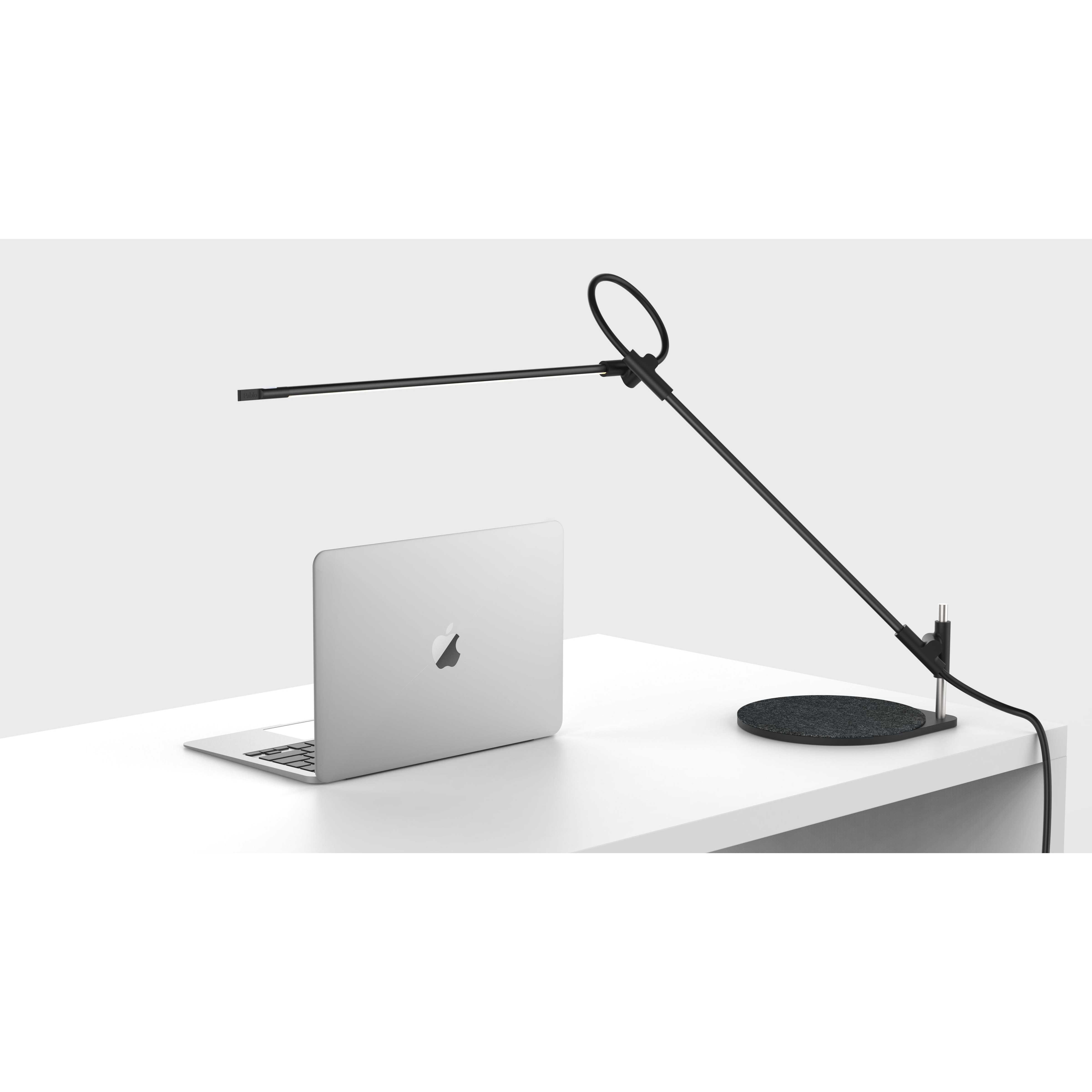 light led charging desk base lamp with mosso image koncept by wireless pro