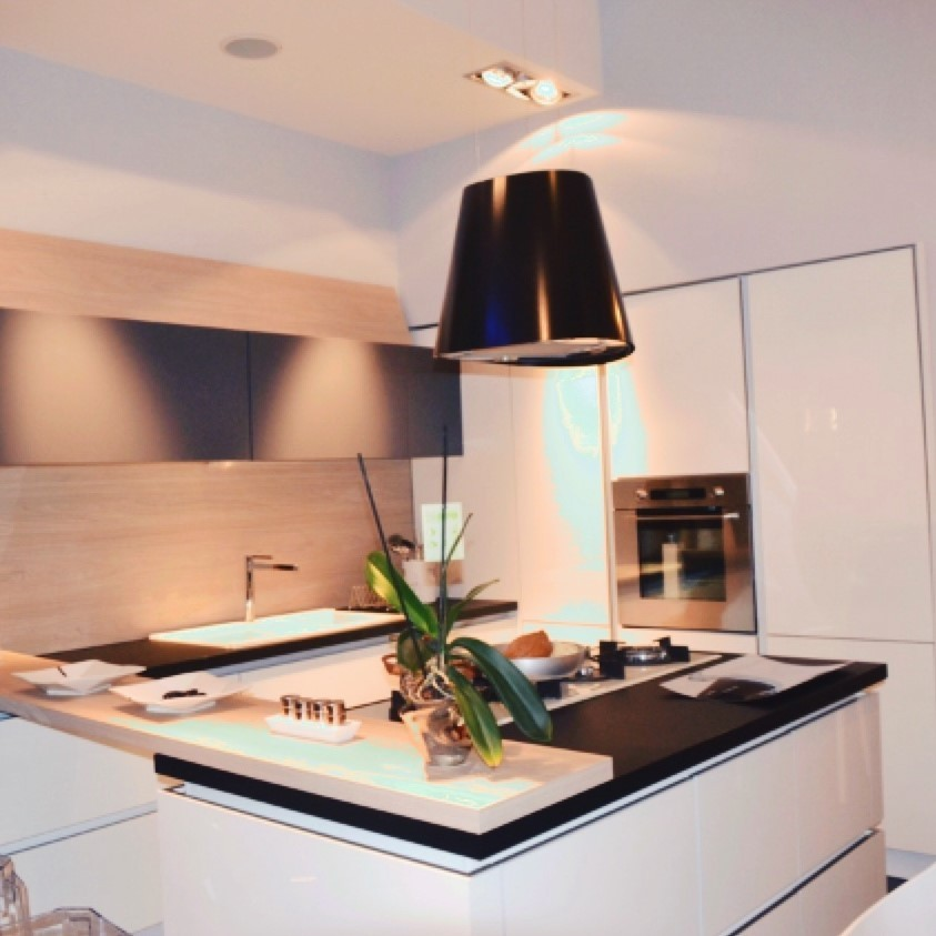 Juno Kitchen Hood Black Elica on gas stove