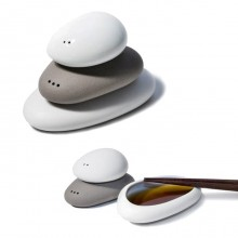 Balance Salt & Pepper Set + Dipping Plate - Toast Living