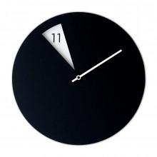 Freakish Wall Clock (Black / White) – Sabrina Fossi Design